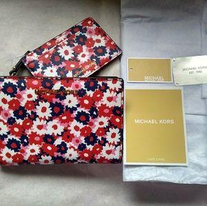 Michael Kors Jet Set Medium Carnation Slim Wallet